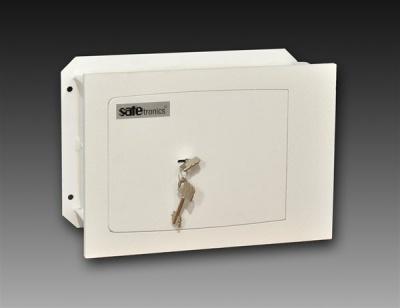 SafeTronics ST 18 M kulcsos Faliszéf